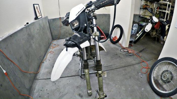 1996-2004 XR250R Fork Swap   CRF230F Mods